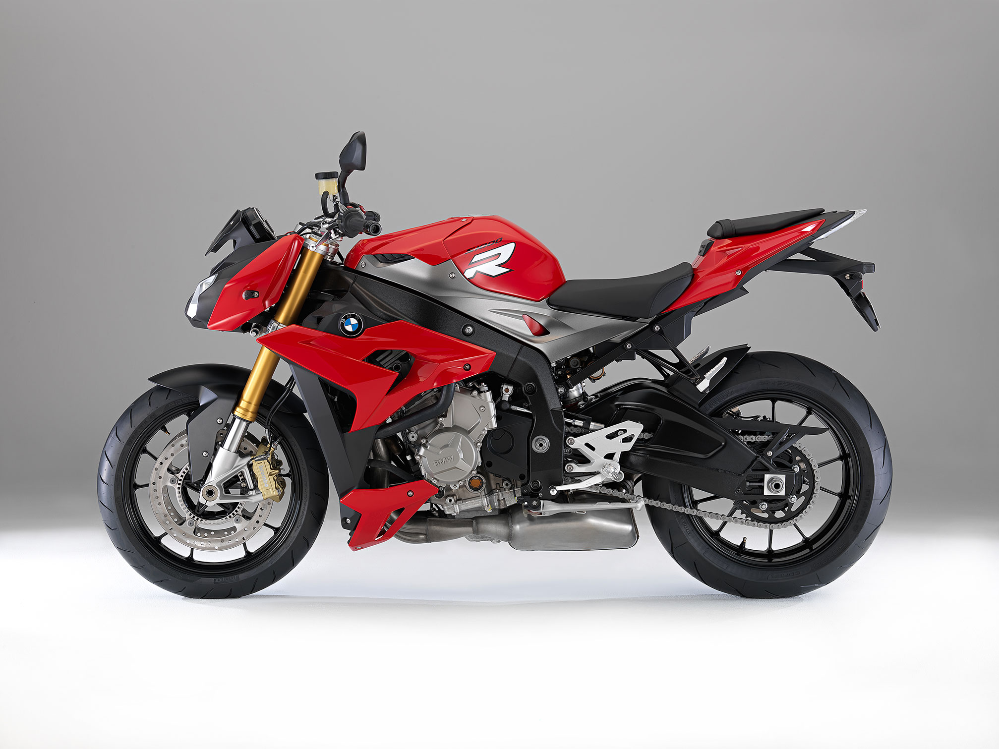 Yamaha R Or R Which Is Better