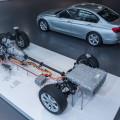 2016 BMW 330e images 93 120x120