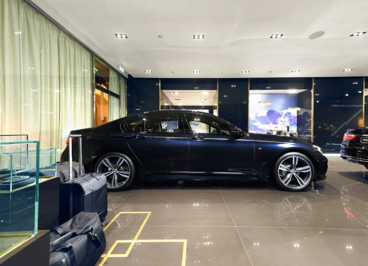 2016 BMW 7 Series luxury images 8 750x543