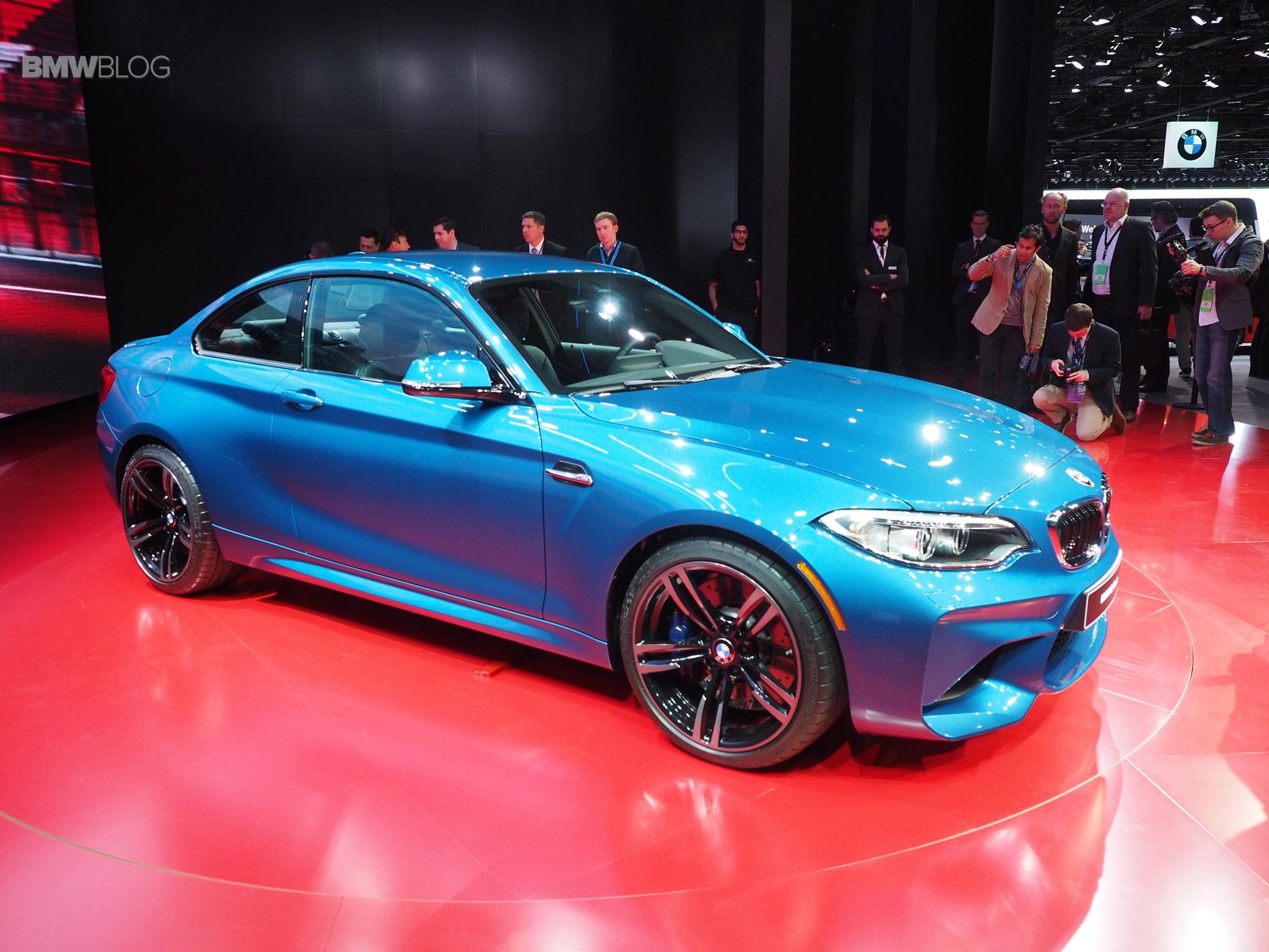 2016 BMW M2 NAIAS 10