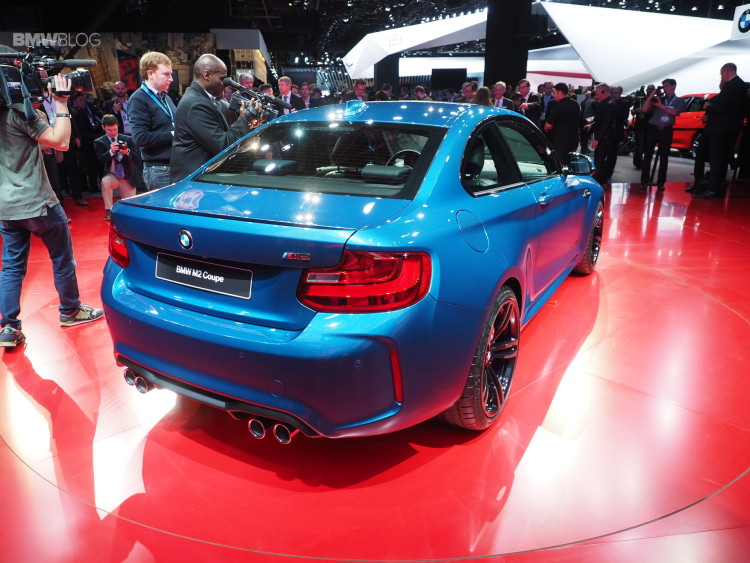 2016 BMW M2 NAIAS 15 750x563