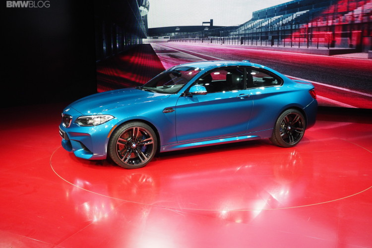 2016 BMW M2 NAIAS 29 750x500