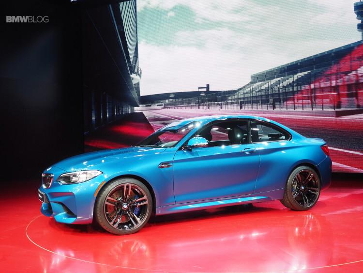2016 BMW M2 NAIAS 31 750x563
