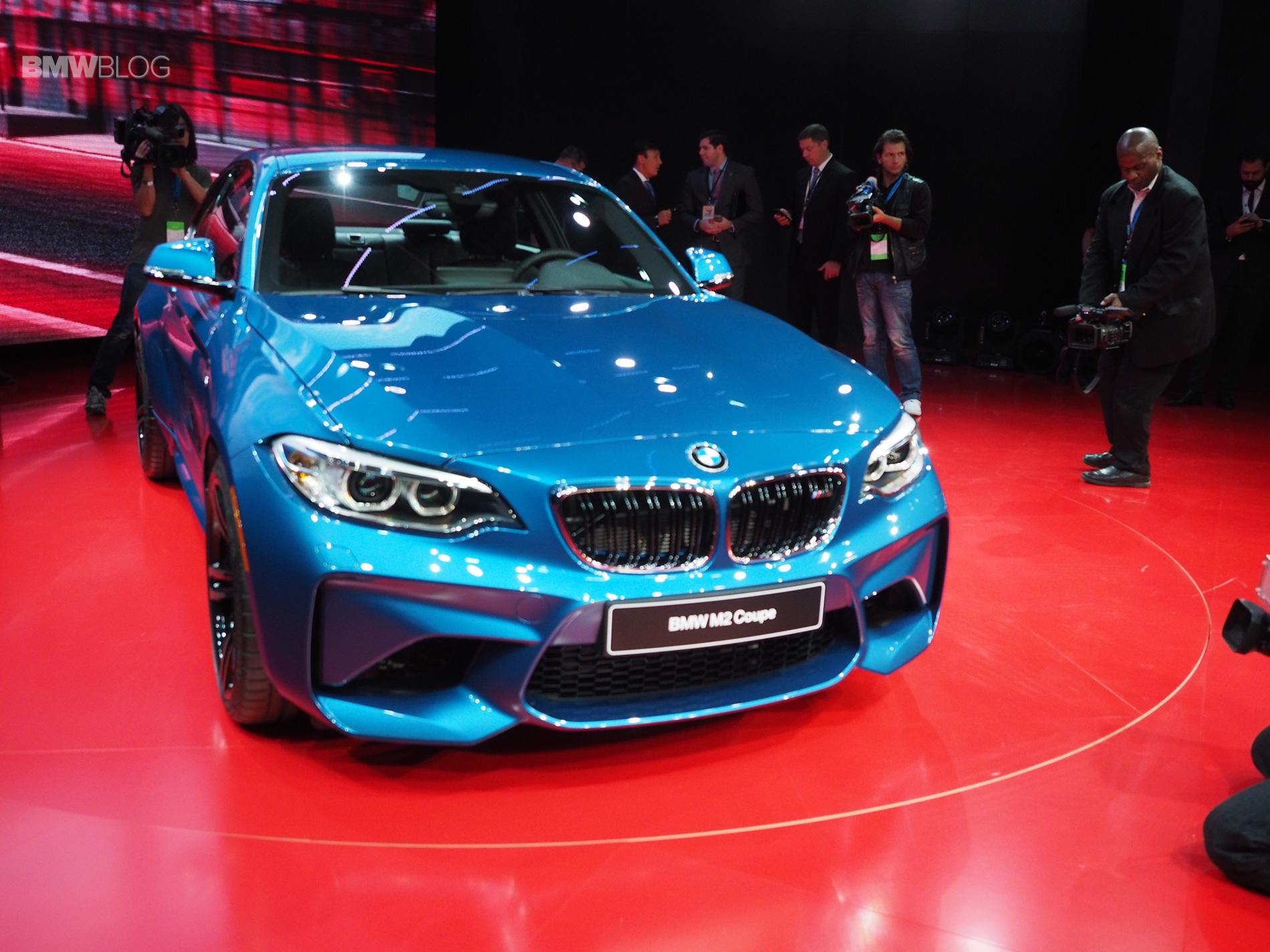 2016 BMW M2 NAIAS 4