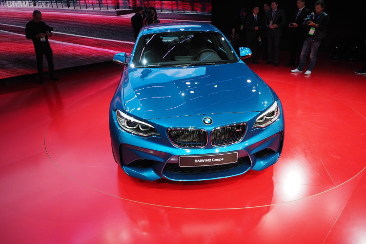 2016 BMW M2 NAIAS 8 750x500