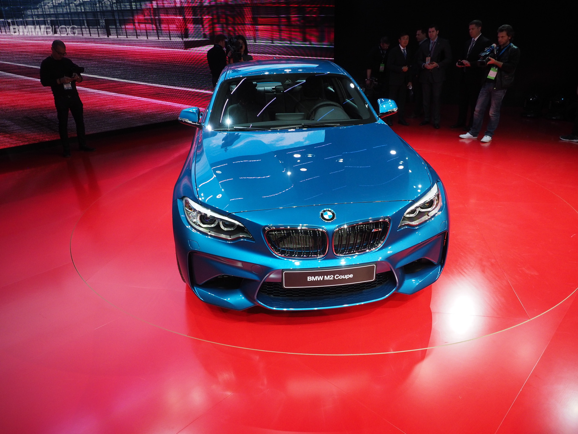 2016 BMW M2 NAIAS 8