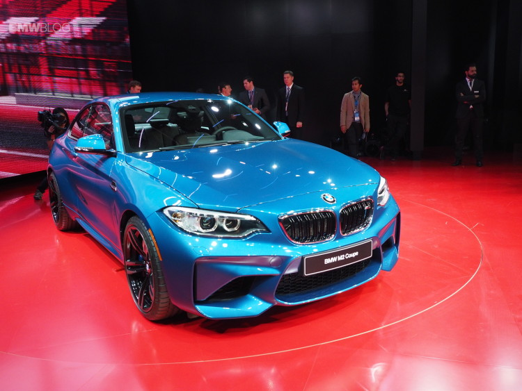 2016 BMW M2 NAIAS 9 750x563