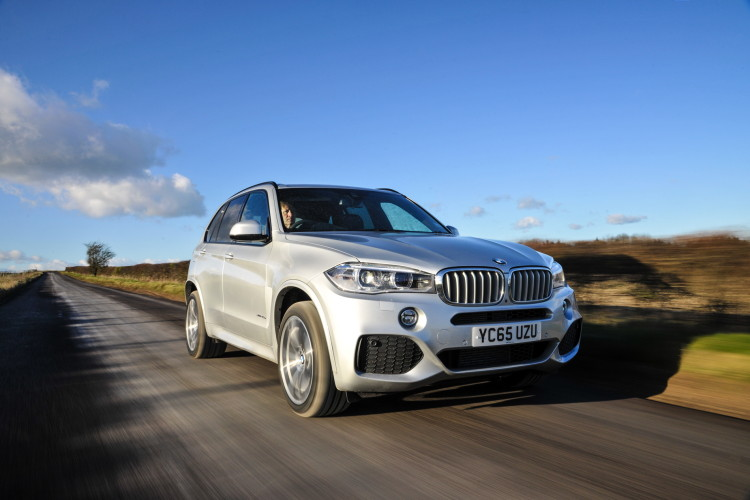 2016 BMW X5 xDrive40e images UK 27 750x500