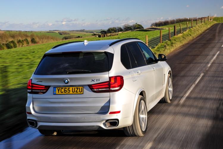 2016 BMW X5 xDrive40e images UK 30 750x500