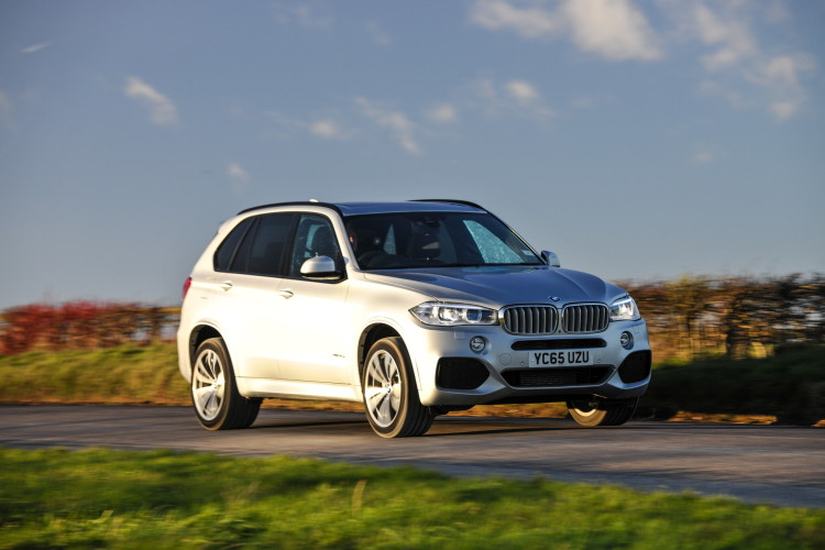 2016 BMW X5 xDrive40e images UK 38 750x500