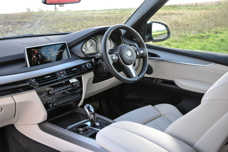 2016 BMW X5 xDrive40e images UK 8 750x500