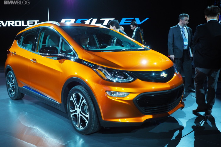 2016 Chevy Bolt Detroit Auto Show 2 750x500