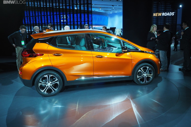 2016 Chevy Bolt Detroit Auto Show 4 750x500