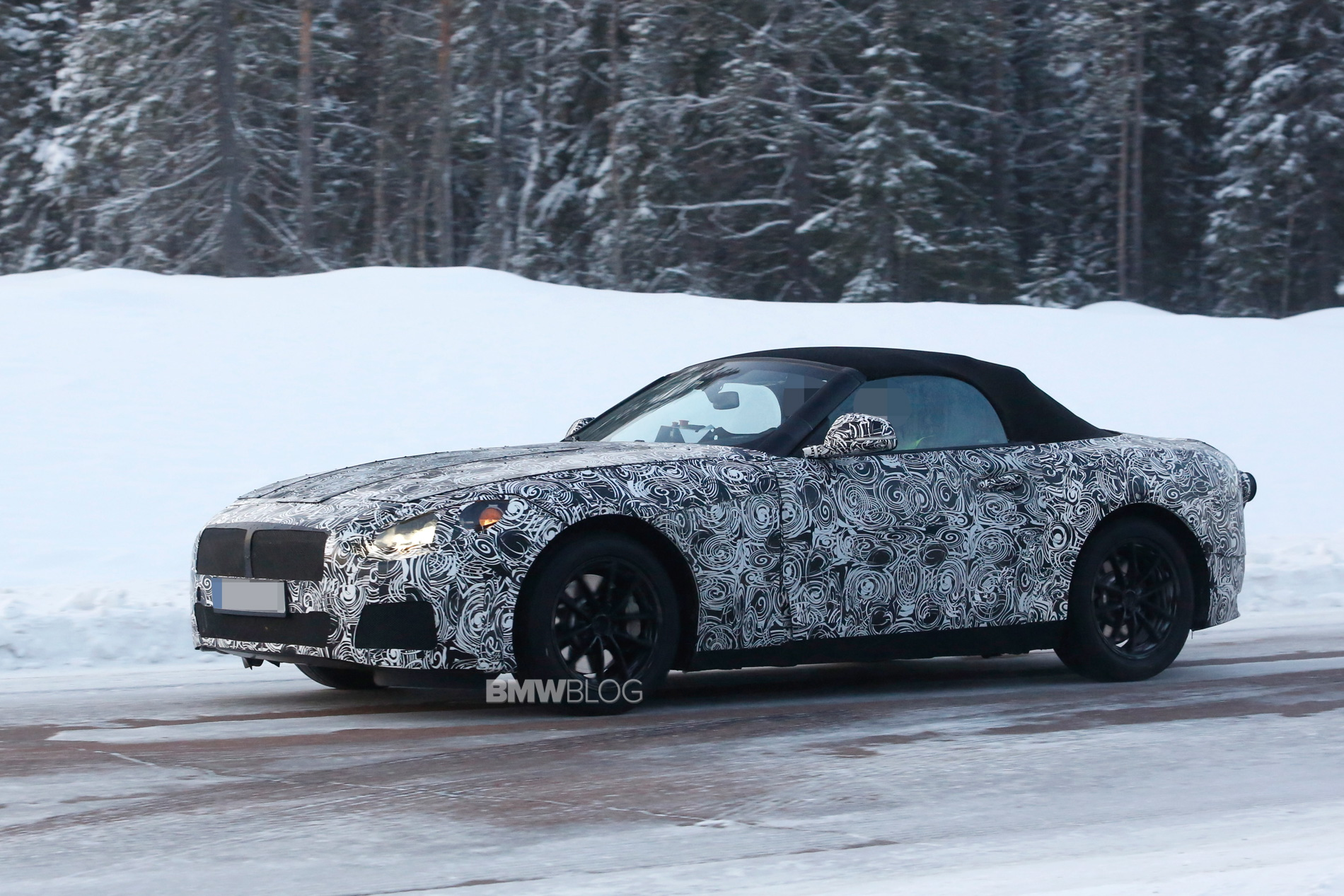 2018 BMW Z5 spy photos 4