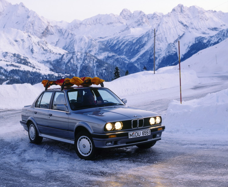 30 years BMW xDrive 68 750x616