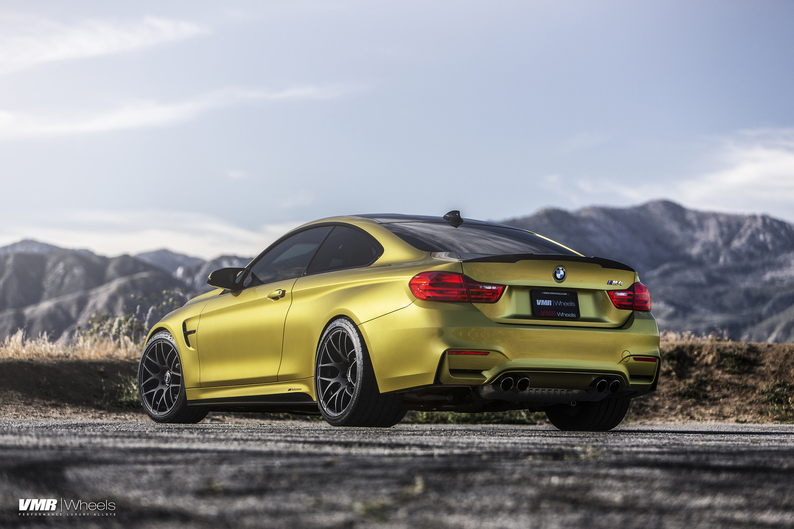 Austin Yellow Bmw F82 M4 On Vmr V710 Wheels In Matte Black