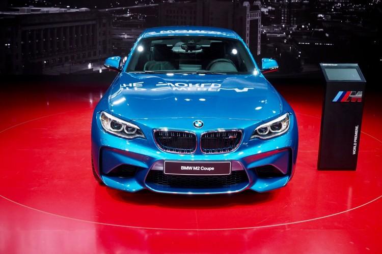 BMW M2 11 750x500