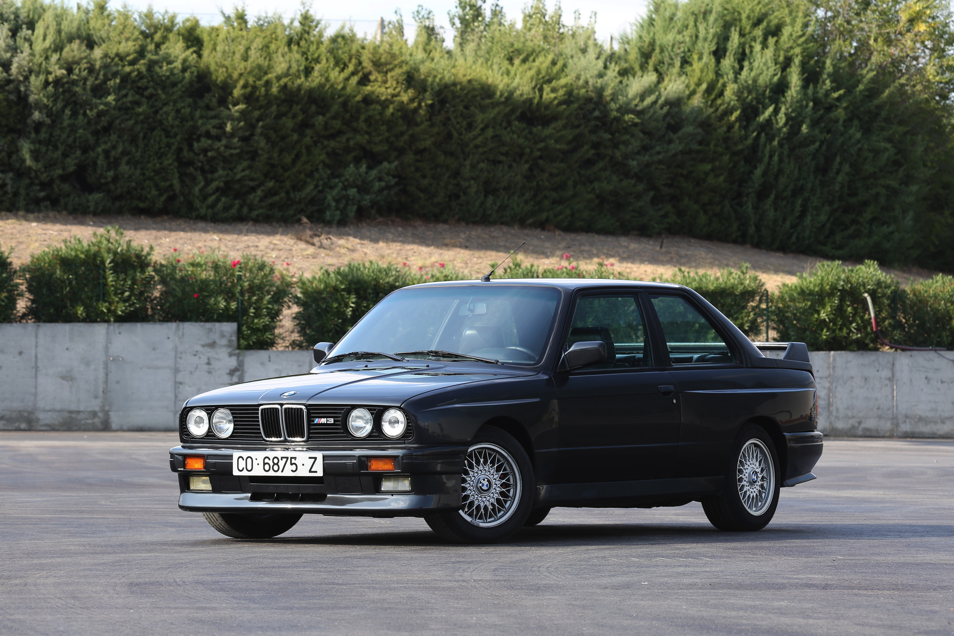 BMW M3 E30 photos 1