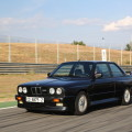BMW M3 E30 photos 4 120x120