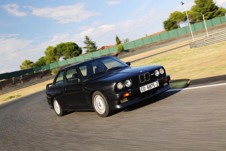 BMW M3 E30 photos 6 750x500