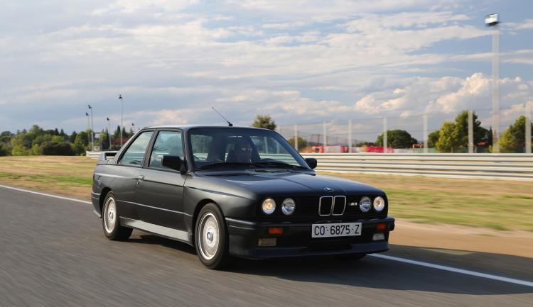 BMW-M3-E30-photos-7