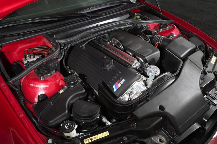 BMW M3 E46 track images 10 750x500