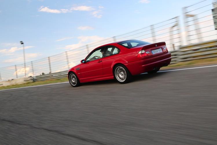 BMW M3 E46 track images 7 750x500