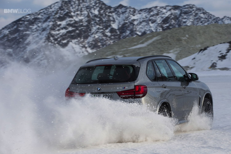 BMW X models snow 49 750x500