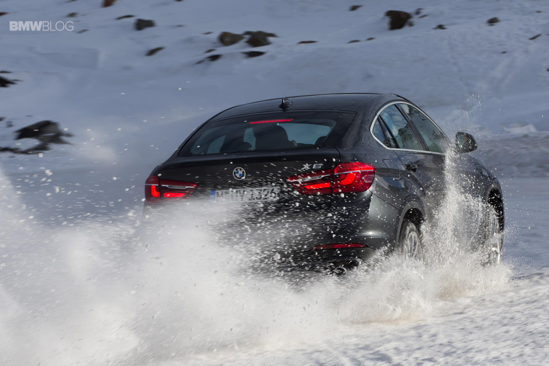 BMW X models snow 65