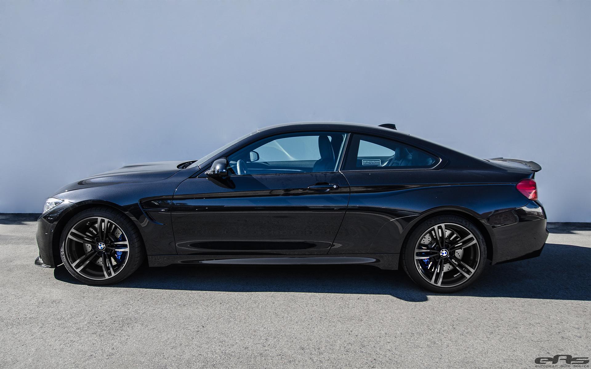 Black Sapphire Metallic M4 With Carbon Fiber Aerodynamic Parts