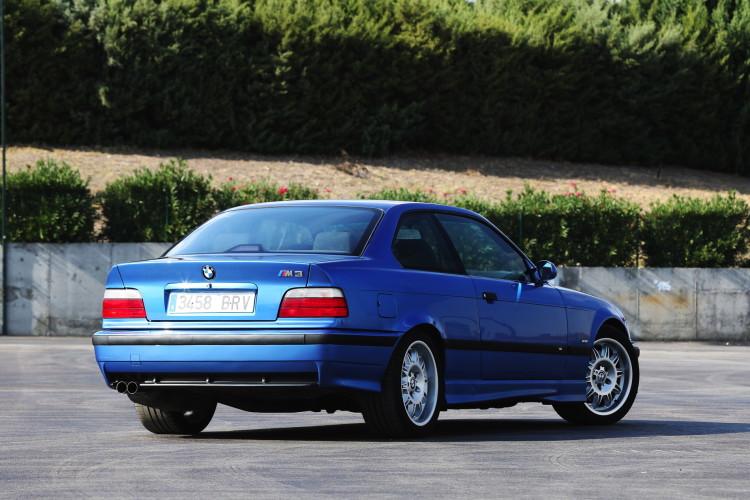 E36 BMW M3 race track 2 750x500