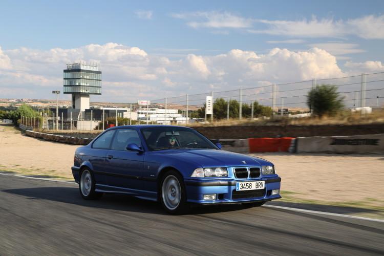 E36 BMW M3 race track 3 750x500
