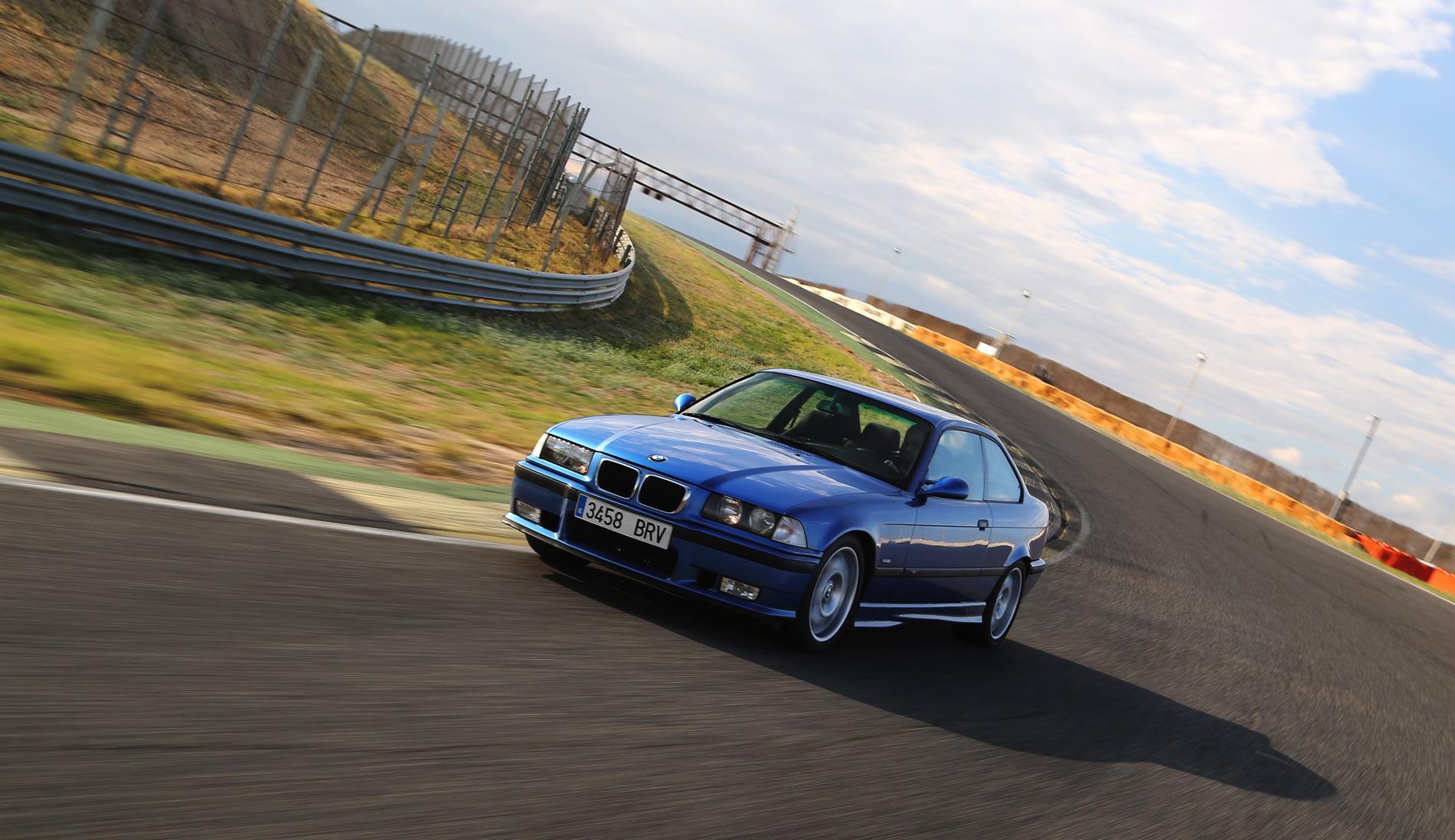E36 BMW M3 race track 6