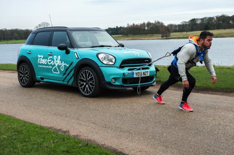 MINI-Countryman-marathon-10