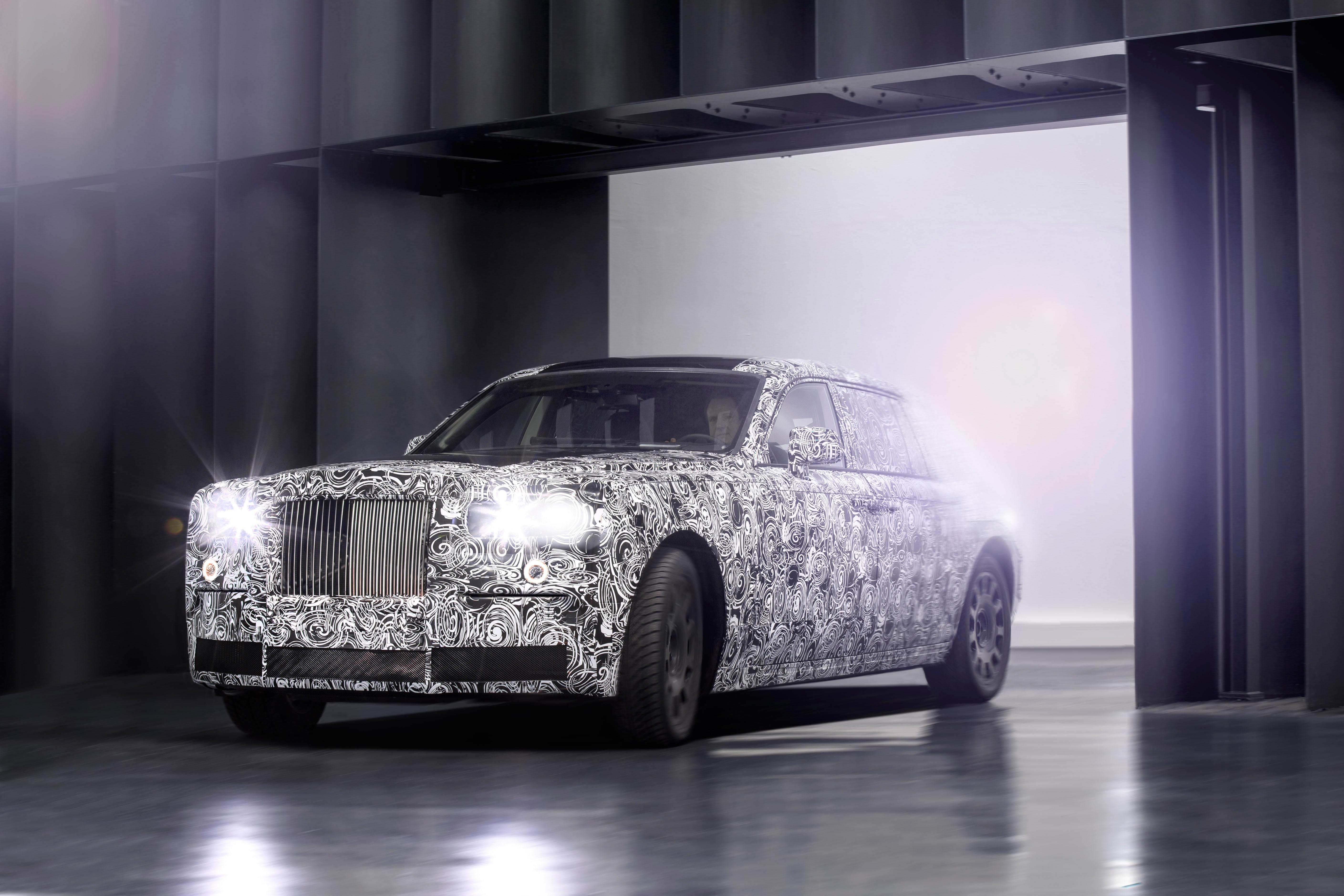 Rolls Royce SUV camouflage