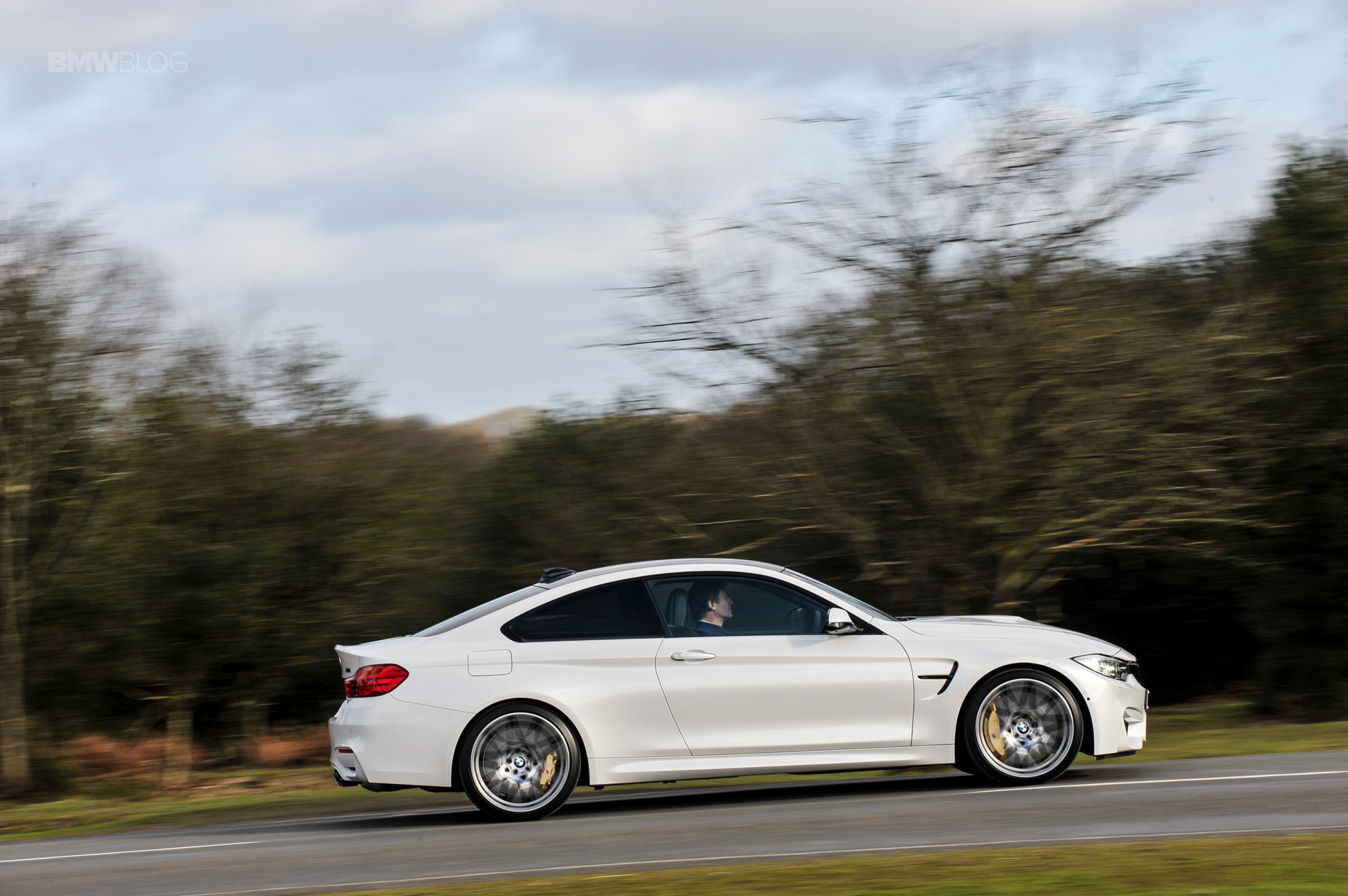 2016 BMW M4 Coupe Alpine White Competition Package 15