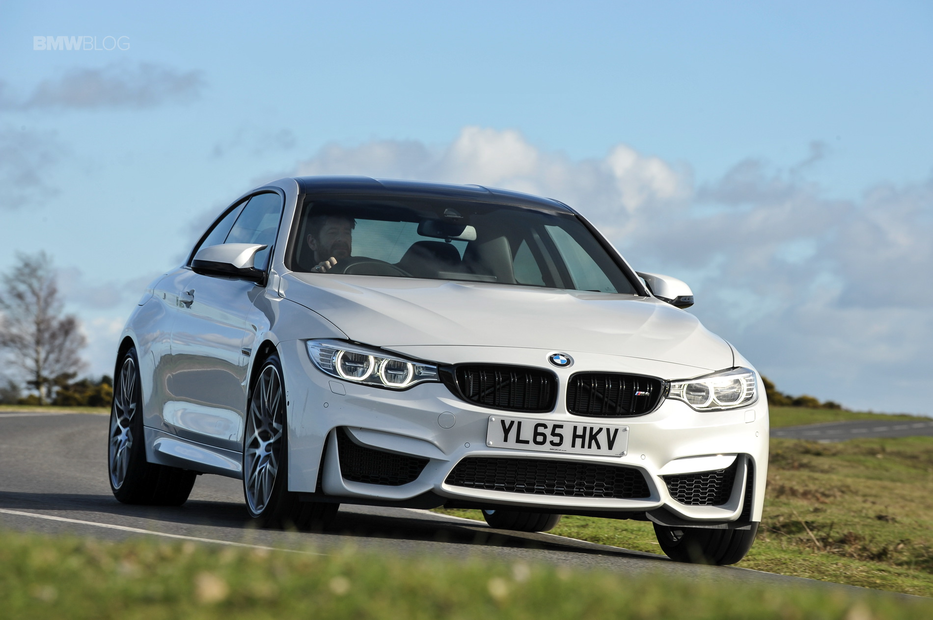 2016 BMW M4 Coupe Alpine White Competition Package 19