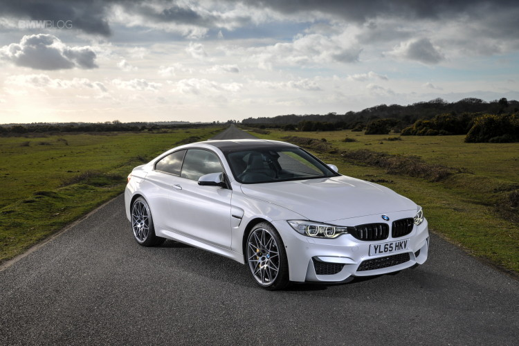 2016 BMW M4 Coupe Alpine White Competition Package 8 750x500