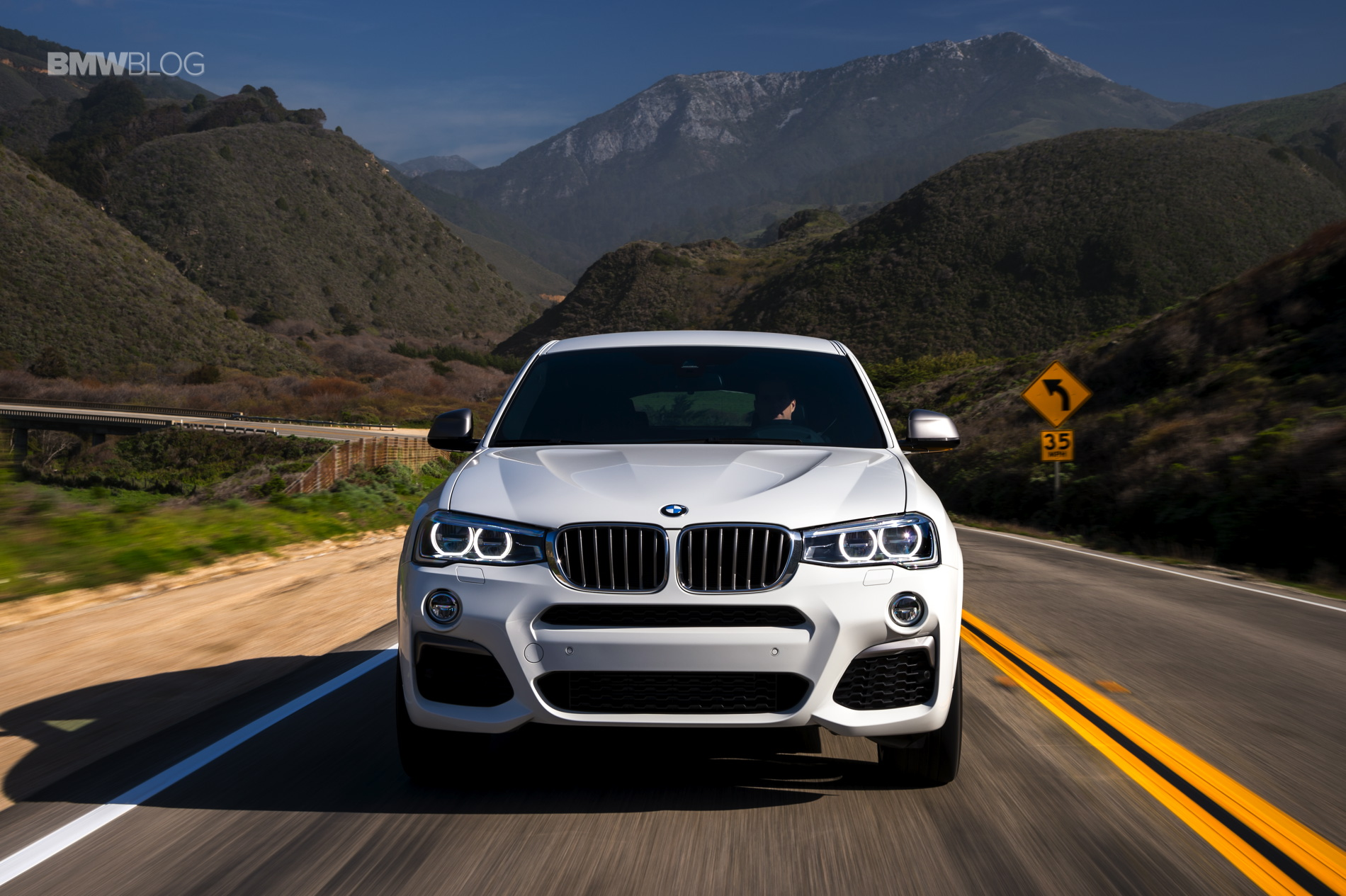 2016 BMW X4 M40i test drive review 32