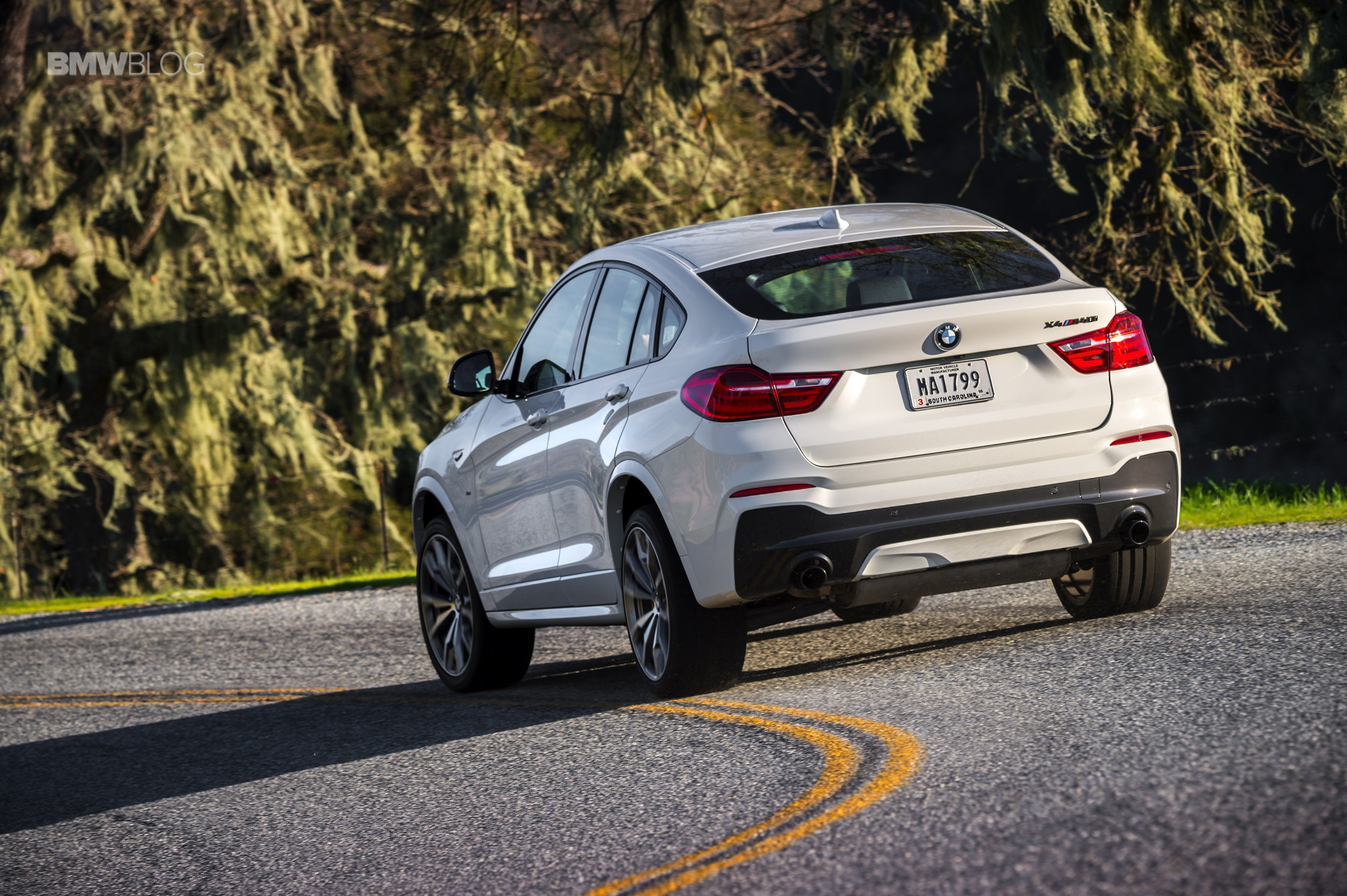 2016 BMW X4 M40i test drive review 56
