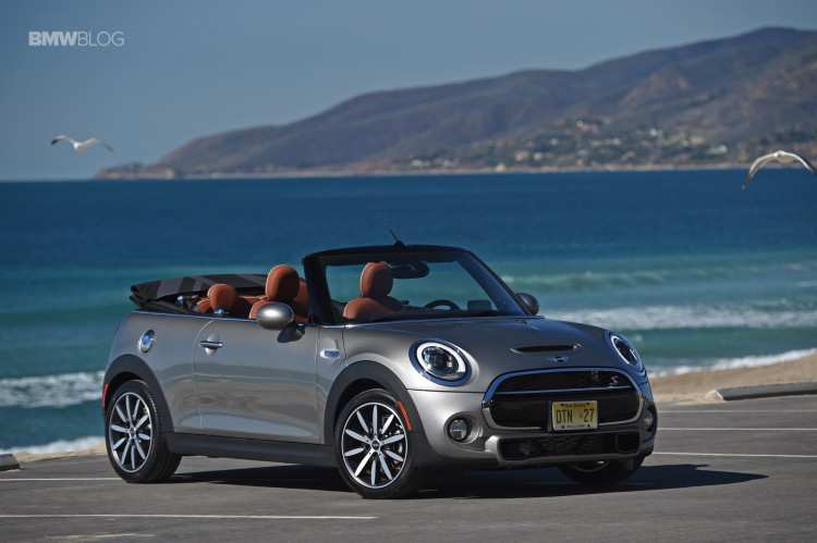 2016 MINI Cooper S Convertible review Melting Silver102 750x499