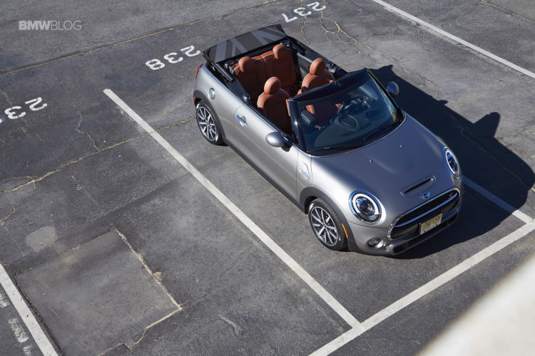 2016 MINI Cooper S Convertible review Melting Silver109 750x500
