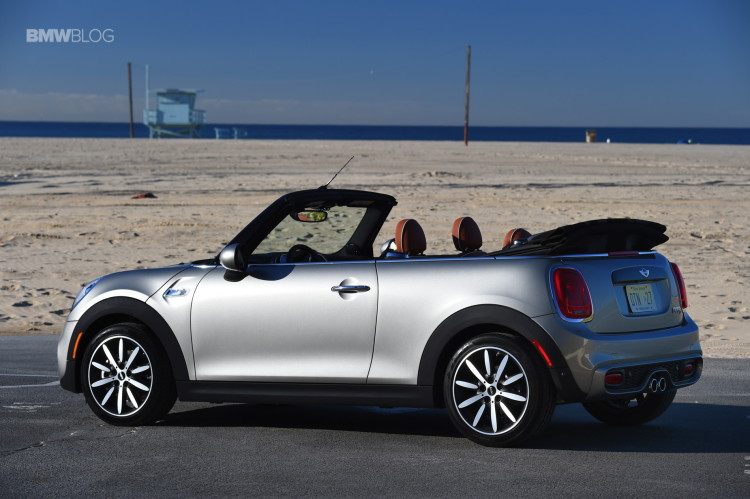 2016 MINI Cooper S Convertible review Melting Silver158 750x499