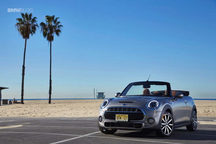 2016 MINI Cooper S Convertible review Melting Silver99 750x500