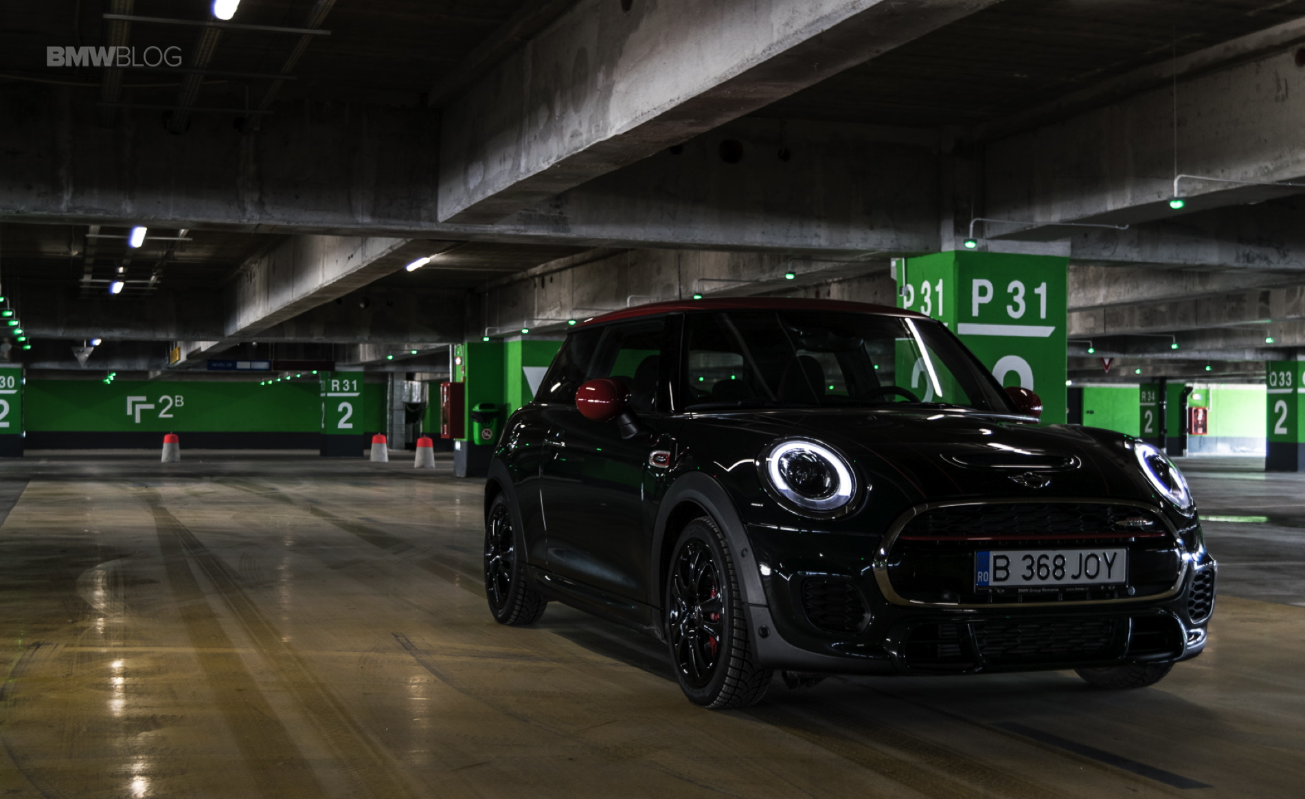 mini jcw wins sportiest car of 2016 award from sport auto magazine. Black Bedroom Furniture Sets. Home Design Ideas