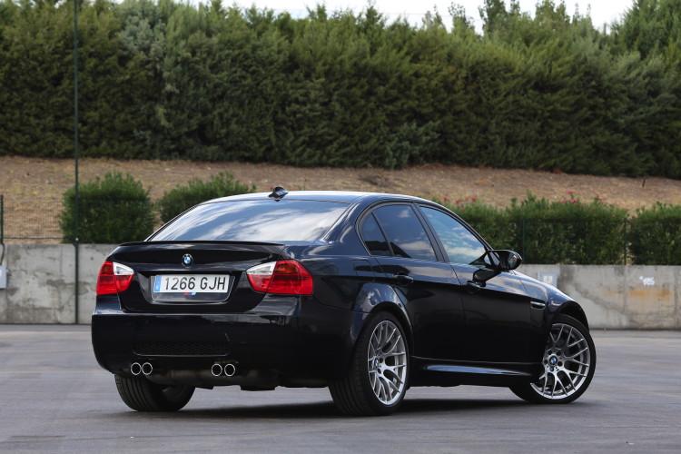 BMW E90 M3 images 2 750x500