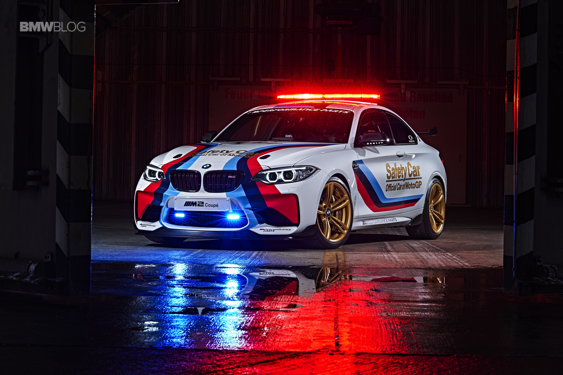 BMW M2 MotoGP Safety Car 26