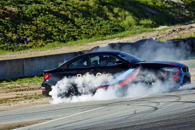 BMW M2 drifts laguna seca 119 750x500