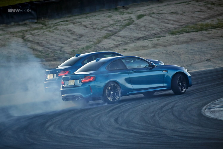 BMW M2 drifts laguna seca 207 750x500
