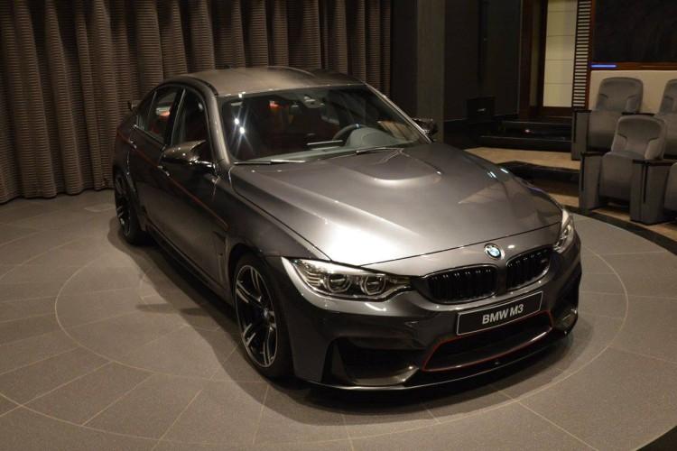 BMW-M3-F80-LCI-Mineralgrau-Tuning-Abu-Dhabi-01